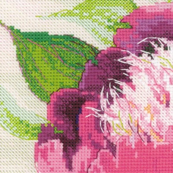 Riolis - Pink Peonies - 100/039 | The Knitting Club