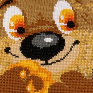 Riolis - Αρκουδάκι Μαξιλάρι - 1590 | The Knitting Club