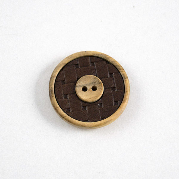 Κουμπί ξύλο ελιάς-δέρμα φυσικό - Καλαθωτό περίγραμμα | The Knitting Club