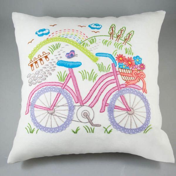 Simy's studio - Κιτ κεντήματος ποδηλατάκι - μαξιλαροθήκη 40x40cm, εκρού | The Knitting Club