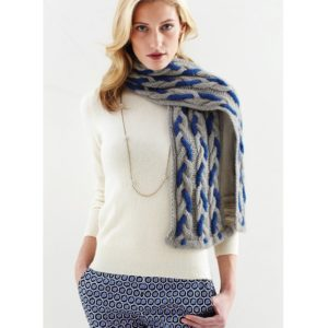 Zealana - Cabled scarf | The Knitting Club